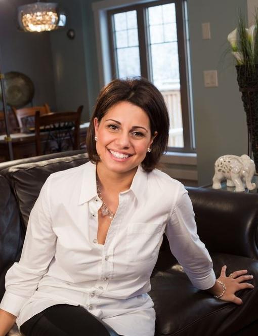 Alexandra Karagiannis PureSense Health Calgary Nutritionist
